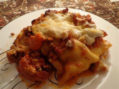 Ricotta Or Cottage Cheese For Lasagna by Lasagne Alla Bolognese Ala Cooking Channel S