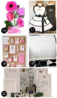 cool wedding gifts 60 best creative bridal shower gift ideas