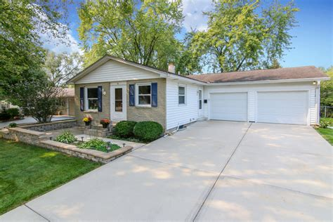 houses for sale montgomery il montgomery il homes for sale montgomery real estate bowers realty group