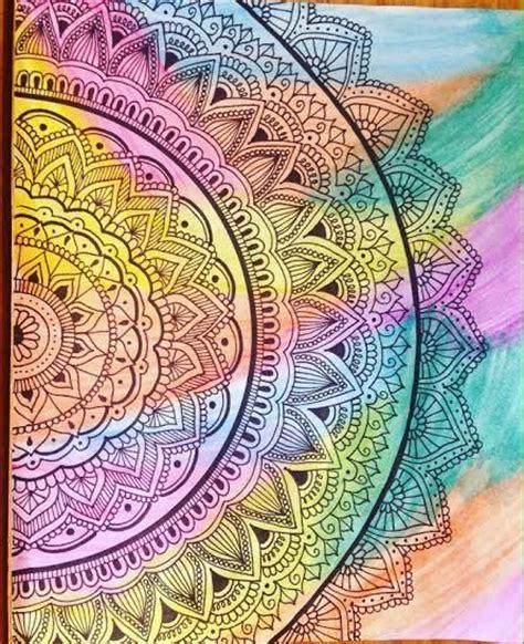 imagenes bonitas para dibujar en lienzo mandalas pintados con acuarela galaxias y mandalas