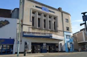 cinema plymouth mn cinema near plymouth reel cinema n chadwick cc by sa 2 0