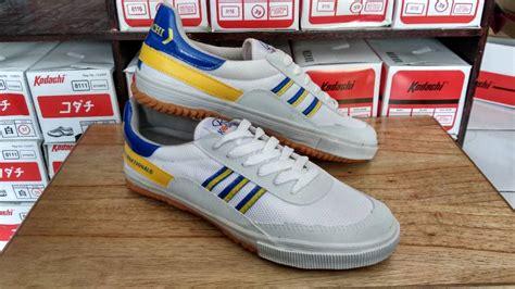 Sepatu Kodachi Ori sepatu kodachi 8116 blue yellow sepatu kodachi