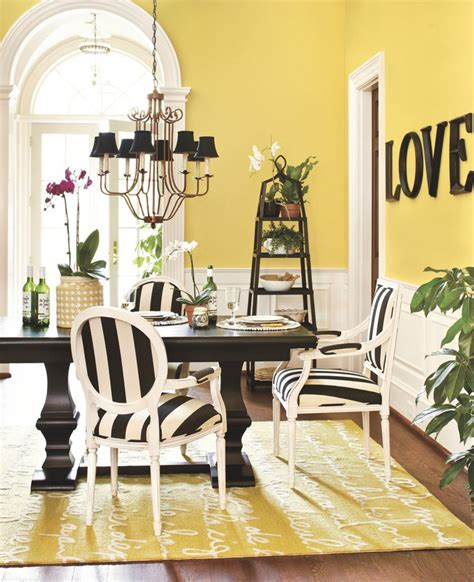 Le Poeme Indoor Outdoor Rug 25 Best Ideas About Yellow Dining Room On Yellow Dining Room Paint Yellow Rooms