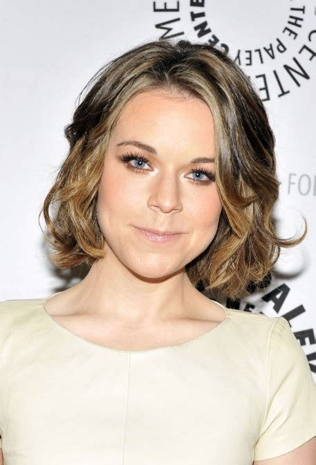 shoulder length curly hairstyles 2014 shoulder length layered hairstyles wardrobelooks com