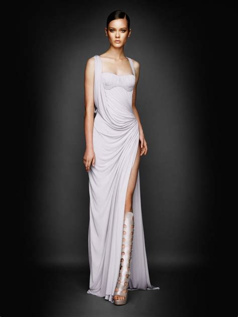 So Longdress Versace atelier versace fall winter 2010 lookbook