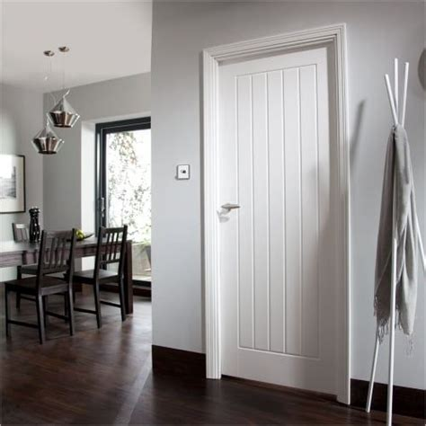 Cottage Interior Doors White Cottage Style Door Internaldoorstyles L