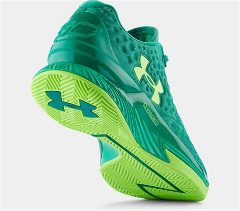 Sepatu Basket Armour Curry One harga curry one low