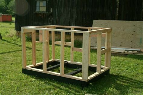 flat roof dog house plans building a pig house where you raised in a barn pinterest