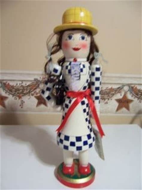 unusual nutcrackers 213 best images about nutcrackers on