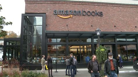 amazon store amazon is going to open a bookstore in washington dc