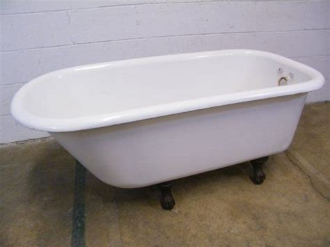 salvage bathtubs 1000 images about vintage bathroom tubs and sinks on pinterest clawfoot tubs wash