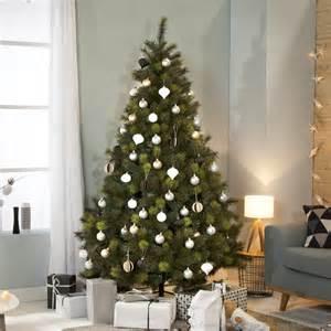sapin de no 235 l artificiel dense 233 pines bicolores saskia 180cm