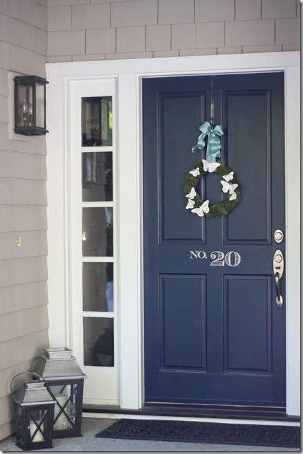 picking  front door color