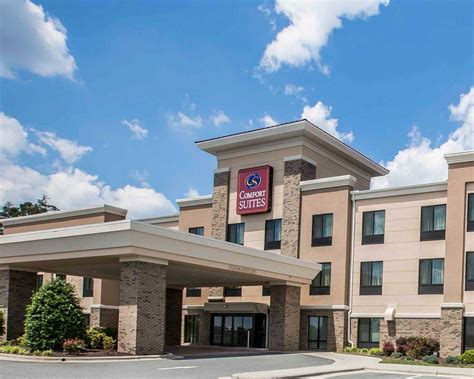 comfort suites nc comfort suites whitsett greensboro east in whitsett nc