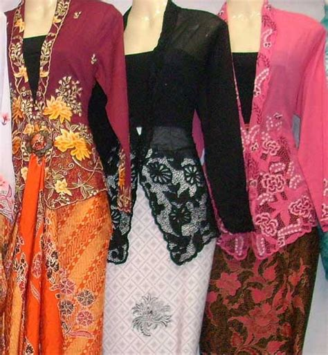 Blouse Balotely 22 nyonya kebaya from http www shafendicollection