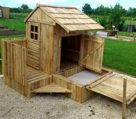 pallet play house wood pallet playhouses for kids recycled things