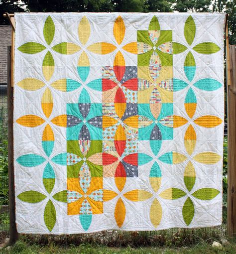 Modern Quilting by Michael Miller Challenge The Modern Quilt Guild