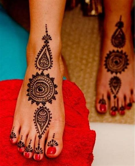 Henna Design Leg Simple | 15 best leg mehndi designs with pictures styles at life