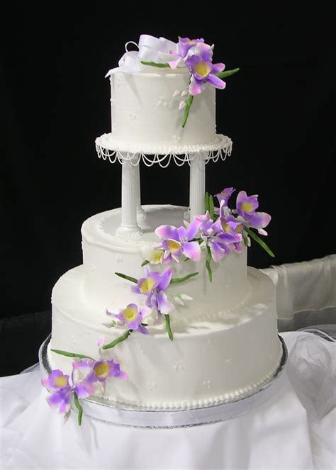 Hochzeitstorte Lila Blumen by Wedding Cake With Purple Flowers Wedding Cakes Cake