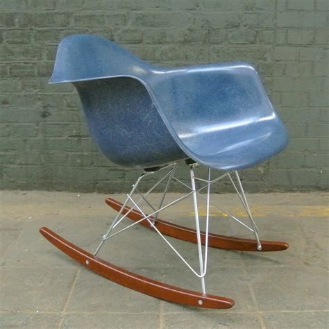 navy blue rocking chair rar navy blue rocking chair by charles eames for