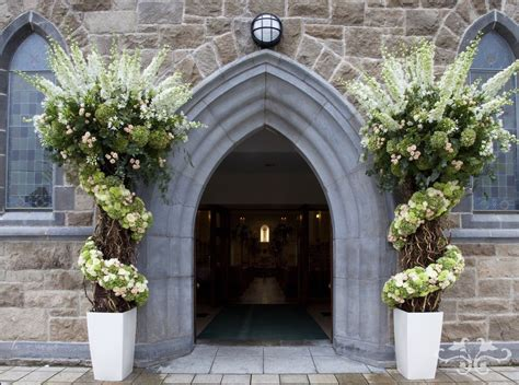 How To Decorate For Christmas On A Budget Creating Fabulous Floral Decorations For A Church Wedding