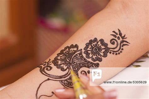 henna tattoo ursprung henna muster arm makedes