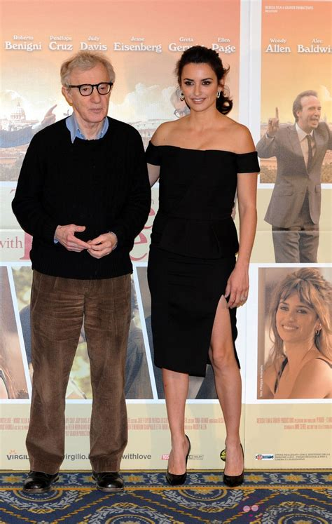Penelope To In New Woody Allen by Pen 233 Lope Y Woody Allen Presentan To Rome With
