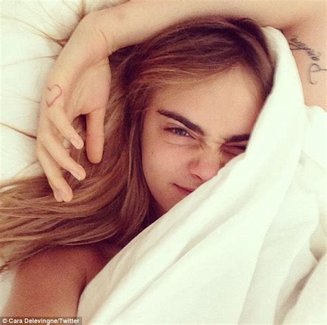 selfie in bed cara delevingne proves she s a natural beauty in bed snap