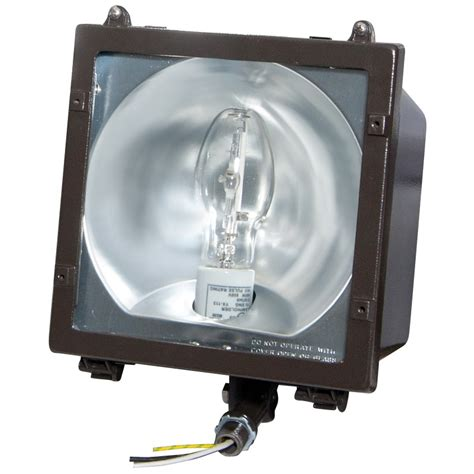 Hid Light Fixture 100 Watt Metal Halide Pulse Start Medium Hid Floodlight Fixture For 120 277 Volt Includes