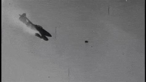 me 262 being shot down (footage from p 38 gun camera