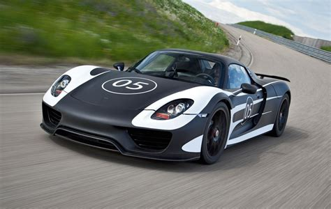 porsche car 918 in4ride porsche 918 spyder details emerge