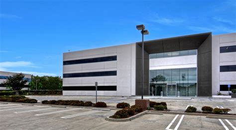 Spacex Office Spacex Expands To New 8 000 Sqft Office Space In Orange