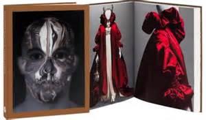 libro alexander mcqueen los libros de moda para celebrar el d 237 a del libro