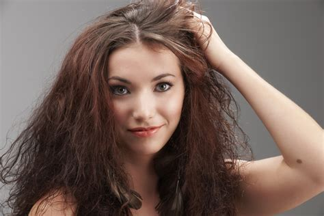 1 Frizz Solution From Hair Exposed To Humidity by Why Does Humidity Make My Hair Frizz Howstuffworks