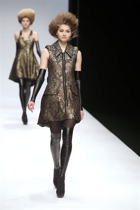 Fashion Week Paul Costelloe Runway Review by Paul Costelloe At Fashion Week Fall 2010 Livingly