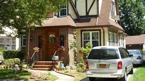 donald trumps home value of donald trump s childhood home skyrockets after