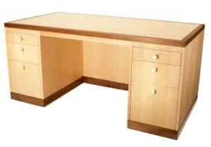 build   desk  maple  simple desk plans
