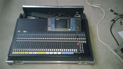 Mixer Yamaha Ls9 yamaha ls9 32 image 836953 audiofanzine
