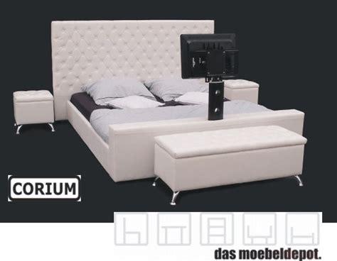 Bett 180x200 Hoch by Lederbett Doppelbett Bett 180x200 Wei 223 Tv Halterung