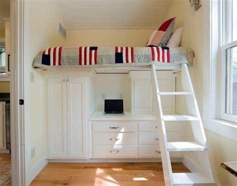 Kinderzimmer Praktisch Gestalten by Kleine Kinderzimmer Gestalten Praktische Betten Hochbett