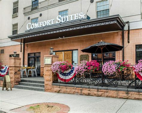 comfort inn and suites carlisle pa comfort suites downtown carlisle in carlisle pa 717