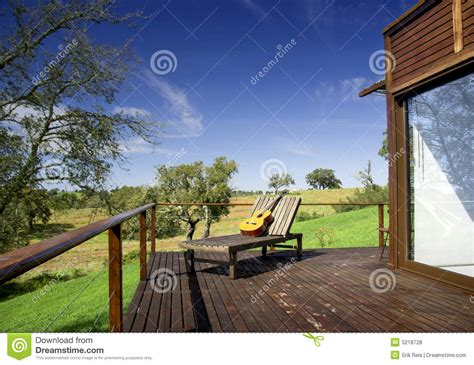 vacation house royalty free stock photos image 5218728