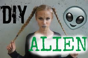 Diy alien costume hair makeup amp outfit youtube
