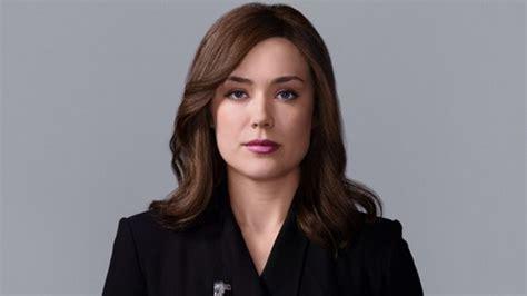 is elizabeth keen a russian princess the blacklist season 3 finale review elizabeth keen alive