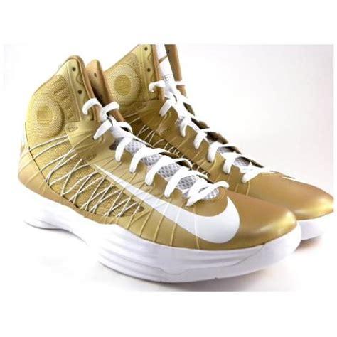 gold mens nike hyperdunk shoes