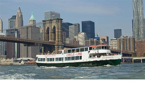 boat ride in new york city where to catch a boat ride in the new york city area
