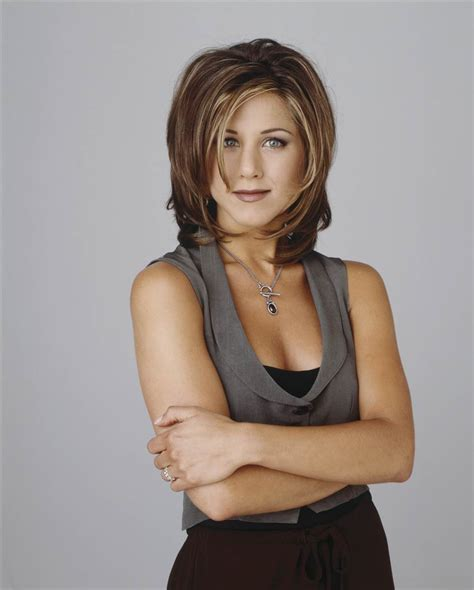 pictures of women wearing the rachel haircut jennifer aniston s hairstyles hair evolution today com
