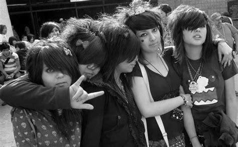 imagenes de los emo positivismo en los jovenes positivismo en los jovenes 8