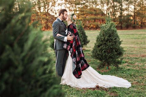 christmas tree farm photography ct tree farm elopement nashville wedding photographer