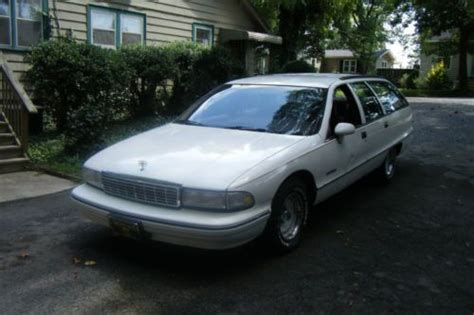 small engine repair training 1995 chevrolet caprice classic lane departure warning sell used 1992 chevrolet caprice base wagon 4 door 5 7l white red interior automatic in